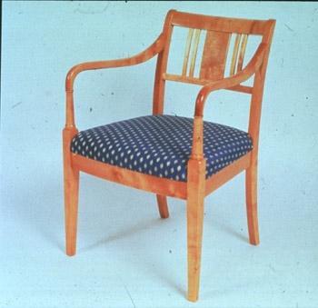 Hødnebø møbler til salgs – Gamle farger interiør