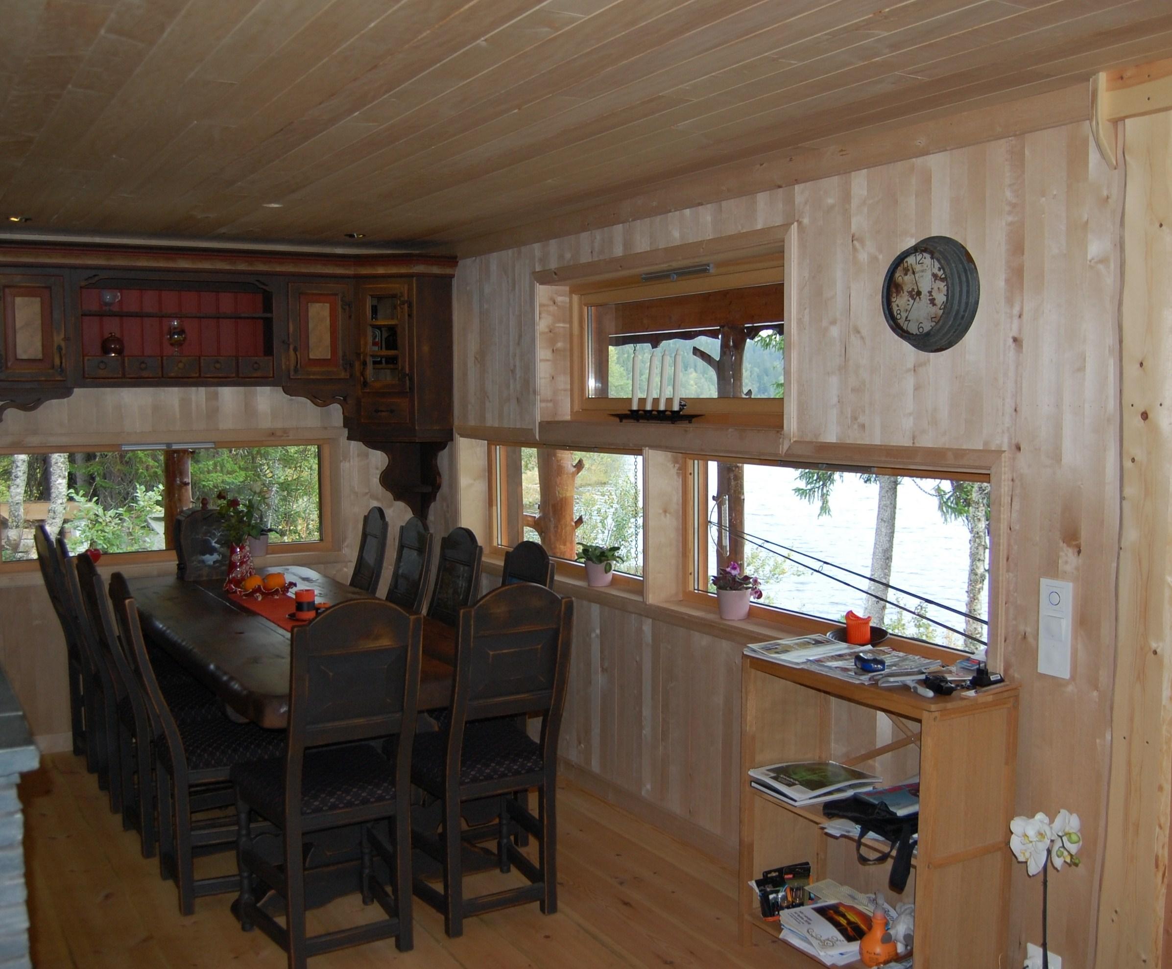 Bjørk og Osp i hyttekjøkken